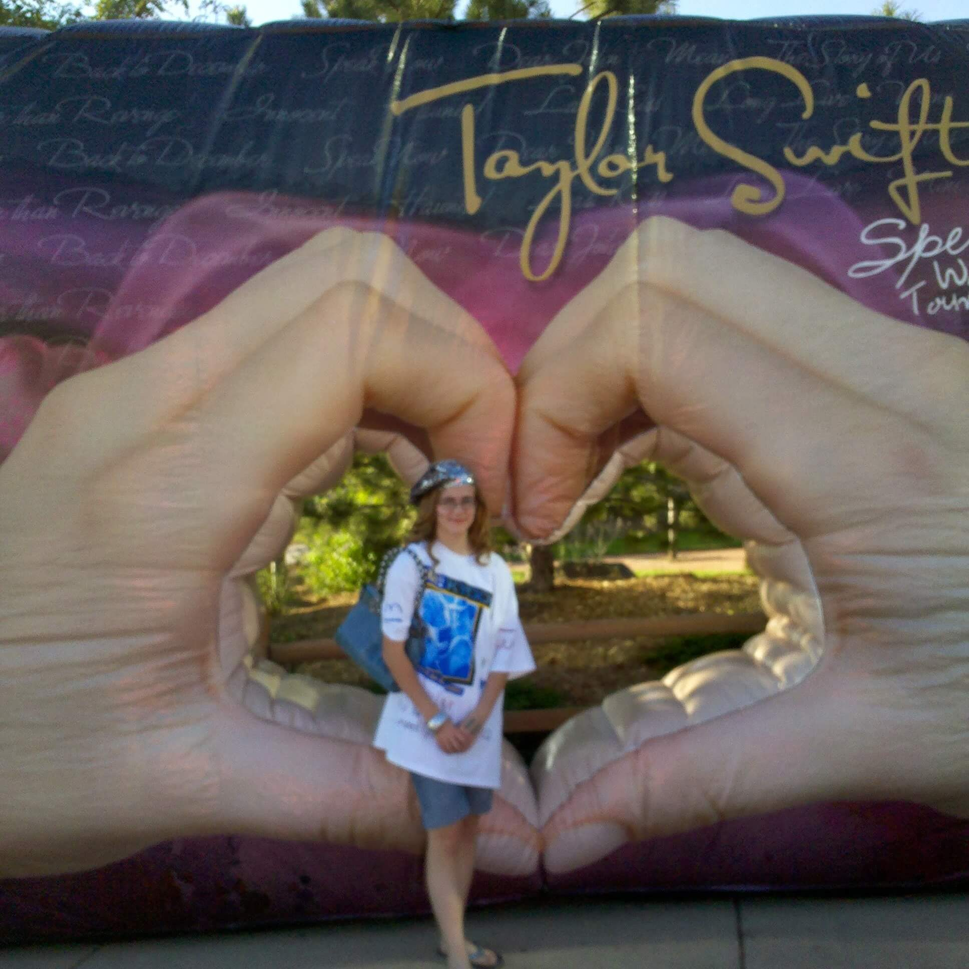 Taylor Swift Concerts Throughout The Years The Denver Ear