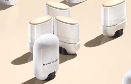 Marc Jacobs Glow Stick Glistening Illuminator| The Denver Ear