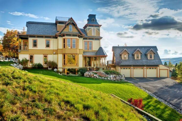 The Victorian Luxury Bed & Breakfast | The Denver Ear