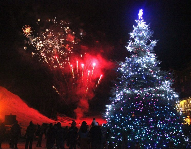 Torchlight Parade & Glowstick Pageant | Copper Mountain Resort | The Denver Ear