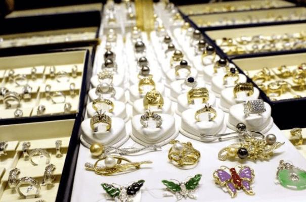 International Gem & Jewelry Show | The Denver Ear