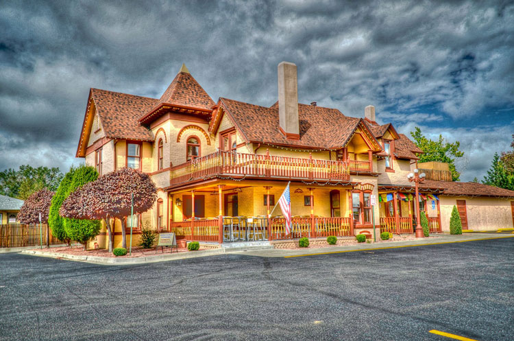 Haunted places in Denver